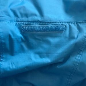 The North Face Jackets & Coats - The North Face Resolve Womens Hooded Jacket Sz L